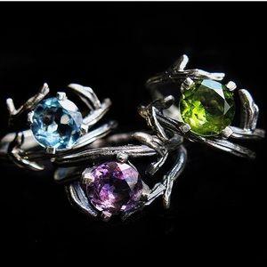 NWOT Artisan sterling silver peridot twig ring